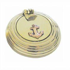 Maritimer Klappaschenbecher gerillt Messing,als Aschenbecher für unterwegs,auf dem Schiff oder aber als schöner Geschenkartikel.  Sie bestellen 1 Stück= 1VE a 5 Klappaschenbecher