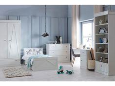 Regały dla dzieci to bardzo istotny element wyposażenia pokoju dziecka. Ten stos zabawek, książek i pluszaków musimy jakoś porządkować a regały idealnie się do tego nadają. Loft, Bed, Furniture, Home Decor, Decoration Home, Stream Bed, Room Decor, Lofts, Home Furnishings