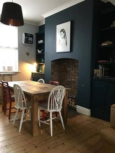 Farrow & Ball: Hague Blue dining room