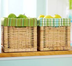Kitchen towels as liners for baskets (minimal sewing required).Beautiful Basket liners. #Basket liner #Liner #Basket #wicker basket