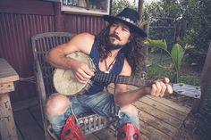 Luke Arnold for Billi Blues
