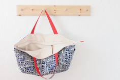 {lbg studio}: pins and needles   surprise sewing challenge... great bag with recessed zip