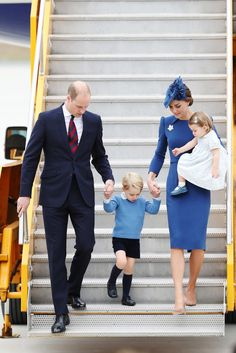 Prince William, Duke of Cambridge, Catherine, Duchess of Cambridge, Prince George of Cambridge and Princess Charlotte of Cambridge arrive at the Victoria Airport on September 24, 2016 in Victoria, Canada. Prince William, Duke of Cambridge, Catherine, Duchess of Cambridge, Prince George and Princess Charlotte are visiting Canada as part of an eight day visit to the country taking in areas such as Bella Bella, Whitehorse and Kelowna.