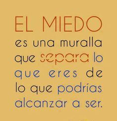 Vence al miedo Hope Quotes, Lyric Quotes, Random Quotes, Lyrics, Frases Love, Quotes That Describe Me, Love Phrases, Positive Messages, Spanish Quotes