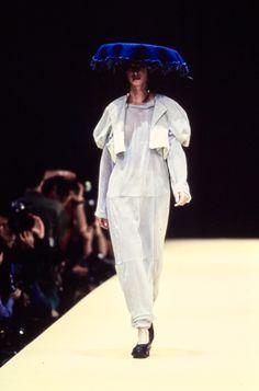 Comme des Garçons Spring 1993 Ready-to-Wear Collection Photos - Christy Turlington Burns