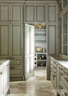 Atlanta Homes - butler's pantry
