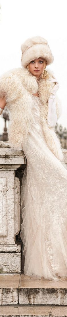 7620c30f94c7 375 Best Wedding: Muffs, Furs & Capes images in 2016 | Engagement ...