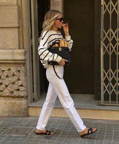 Ideas outfits • Instagram Parisienne Chic, Stripes Fashion, Denim Fashion, Work Fashion, Fall Winter Outfits, Summer Outfits, Marine Look, Chic Outfits, Fashion Outfits