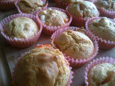 Blondynka Gotuje: Muffiny z pomidorem i serem feta