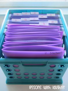 """Yes Please!! I love the idea of """"Wednesday Folders"""". All of the students major graded work goes home on Wednesday and the folder is returned on Thursday. Such an easy way to return papers and keep on top of communication."""