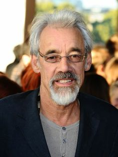 """British actor Roger Lloyd-Pack who was best known for playing dim-witted street-sweeper Trigger on the sitcom """"Only Fools and Horses,"""" died Wednesday, Jan. British Tv Comedies, British Comedy, British Actors, Vicar Of Dibley, Tinker Tailor Soldier Spy, Only Fools And Horses, Bbc Tv Shows, Thanks For The Memories, Marilyn Monroe Photos"""