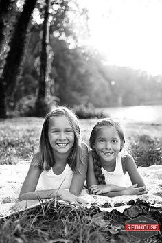 Sisters Photography | Copyright Jonna Nixon/Red House Photography 2014