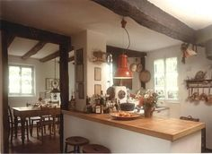 5 Zimmer Bauernhaus in Grafschaft Cottage, Table, Furniture, Home Decor, Houses, Farm Cottage, Homes, Ideas, Decoration Home