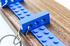 Schlüsselbrett Schlüsselleiste Eiche / Nuss  von Schubica | Woodworking perfect auf DaWanda.com