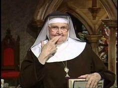 ▶ Mother Angelica Live - Nov 9 1999 -What is Heaven really like? - YouTube