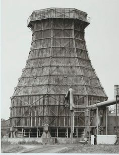 Abandoned factory industrial beauty - Bernd and Hilla Becher, Cooling towers, Germany, printed 2003 Building Art, Building Structure, Industrial Architecture, Architecture Design, Bernd Und Hilla Becher, Cities In Germany, Constructivism, Industrial Photography, History Of Photography