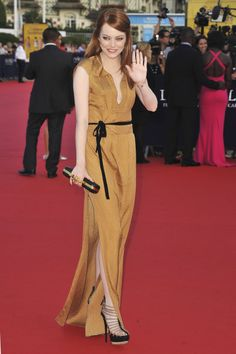 JSYK, Emma Stone's Whipping The Sh-t Out Of The Belt Game - TheCelebrityauction.co