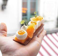 Plus qu'une semaine pour venir la déguster ...dépêchez vous !!! 🍊🍃🍊🍃🍊🍃🍊🍃🍊🍃 One week left to come taste it...hurry up !!! 🍊🍃🍊🍃🍊🍃🍊🍃🍊🍃 #chef #nicolasbacheyre #pastry #patisserie #tarte #tart #pie #fruit #dessert #sweet #sweetooth #fresh #dailypic #photooftheday #picoftheday #fun #love #life #friends #tag #share #followforfollow #follow #me #paris #france #orange #ginger #instagramers . Left, Cupcake Cakes, Cupcakes, Orange, Fruit, Pie, Pineapple, Baking, Paris France