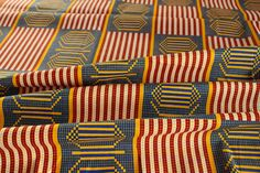 Kente Print african Fabric - Ankara African Print - African Fabric for pillow case - Wax Print Fabric - African Print - Fabric per yard by EtamStudio on Etsy Ankara Fabric, African Fabric, Unique Outfits, Crafts To Make, Printing On Fabric, Wax, Quilts, Pillows, How To Make
