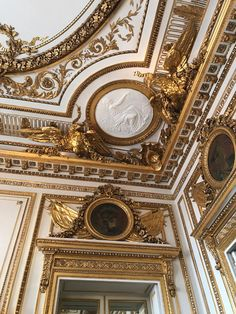 Luxury House Interior Design Tips And Inspiration Gold Aesthetic, Aesthetic Colors, Aesthetic Pictures, Baroque Architecture, Beautiful Architecture, Architecture Details, Architecture Wallpaper, Princess Aesthetic, Renaissance Art