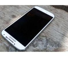 Samsung Galaxy S4 White Color Good Battery Timing For Sale In Peshawar
