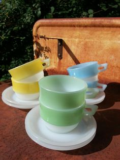 Lovely vintage French pastel arcopal cup and by fcollectables, €30.00