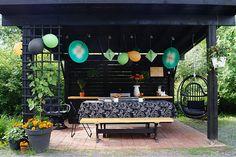 Rautatieläistalo: piha Patio, Outdoor Decor, Home Decor, Homemade Home Decor, Yard, Terrace, Decoration Home, Interior Decorating