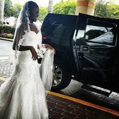 Sunday wedding.  #h2hummerlimo #blacklimo #limoworld #luxuryliving #privatechauffeur #palmbeach #aclasslimo #aclasslimos #limousines #epiclimos #exoticlimos #dream #westpalmbeachwedding #comfort #customerservice #weddingday #w #thebreakers  954.271.2900  www.aclass-limos.com (at The Breakers Palm Beach)
