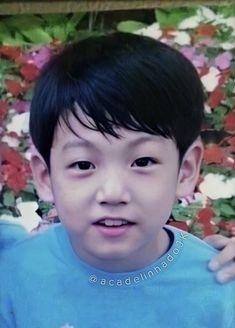 bebê jungkook Jungkook Predebut, Jungkook Oppa, Foto Jungkook, Bts Bangtan Boy, Foto Bts, J Hope Smile, V Bts Wallpaper, Childhood Photos, Bts Korea
