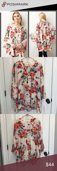 Floral Keyhole Swing Tunic Beautiful floral, super flowy. Worn once but too big for me. jodifl Tops Tunics