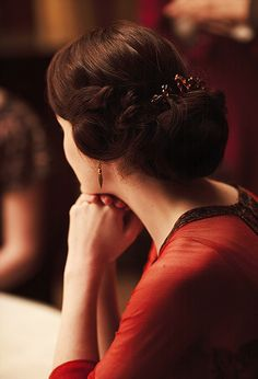 Love this Shot of Michelle Dockery in Downton Abbey.