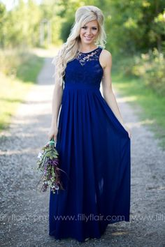 A gorgeous blue bridesmaid dress!