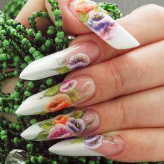 Poartă arta pe unghii! Încearcă și tu modele în forme extreme, cu motive florale, deosebit de elegante. Vezi mai departe toți pașii pe care trebuie să îi parcurgi: http://bit.ly/beautiful-flowers-step-by-step
