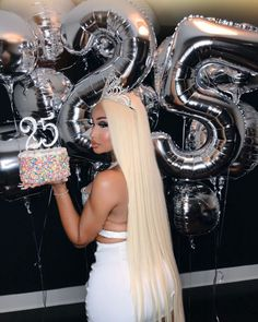 25th Birthday Ideas For Her, Birthday Goals, Birthday Party For Teens, 23rd Birthday, Birthday Woman, Happy Birthday, Birthday Cakes, Cute Birthday Pictures, Cute Birthday Outfits