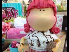 Krika.com - Aprenda a fazer uma linda caneca decorada! (Parte1). Link download: http://www.getlinkyoutube.com/watch?v=sN3euKu3cvw
