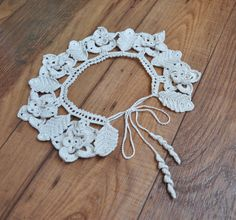 Items similar to Delicate lace crochet collar, neck accessory, crocheted necklace on Etsy