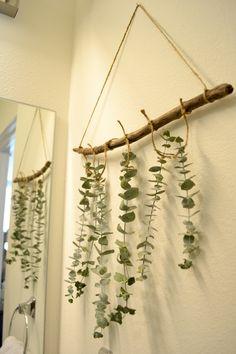 DIY // Hanging Dried Eucalyptus | Essentially Bre #Blog #Eucalyptus #DIY