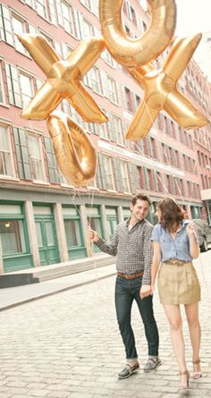 Trent Bailey photography Nyc Wedding Photographer, Nyc Photographers, Foil Balloons, Party Planning, Scenery, Photoshoot, Engagement, Awesome, Outdoor Decor