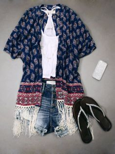 Light and Flowy Summer Outfit – Be cute and casual all through the summer season.