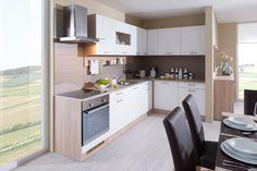 Kuchyně jsou centrální místností každého domova. Trávíme v nich mnoho času, ať už přípravou pokrmů nebo setkáními s přáteli. Kuchyň proto musí být nejen... Kitchen Cabinets, Table, Furniture, Reggae, Arctic, Design, Home Decor, Dinner, Kitchen Cupboards
