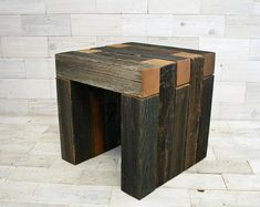 Barn Wood Box Joint Chair 18 x 18 x 18 image 0 Woodworking Tools For Sale, Woodworking Garage, Learn Woodworking, Woodworking Apron, Woodworking Joints, Table Commune, Driftwood Stain, Box Joints, Wood Shadow Box