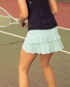 A Lululemon skirt and a tennis court is all I need!