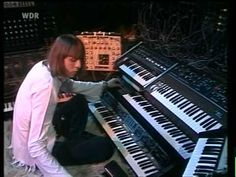 Klaus Schulze Live - WDR Köln 1977 - www. Synthesizer Music, Space Echo, Recording Equipment, All About Music, Progressive Rock, Music People, Album, Piano Music, Electronic Music
