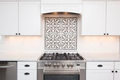 wood look kitchen backsplash Hexagon Tile Backsplash, Kitchen Backsplash, Kitchen Cabinets, Backsplash Ideas, Tile Ideas, Kitchen Design, Kitchen Decor, Long Kitchen, Encaustic Tile