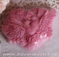 Домашнее оливковое подарочное мыло ручной работы Голубки темно-розовые арт.003117