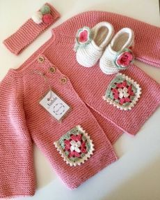 The Boy from the Woods Crochet Baby Sweaters, Crochet Baby Cardigan, Crochet Clothes, Knitting For Kids, Baby Knitting Patterns, Crochet For Kids, Knit Baby Pants, Knit Baby Dress, Kids Outfits