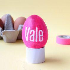 Come rendere unica e simpatica la tavola di Pasqua? Vi proponiamo il tutorial per un segnaposto pasquale personalizzato, semplice ma d