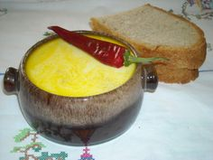 """something I ate but a dish that was always made for the holidays """"Ciorba de burta"""" (Tripe Soup) with homemade bread and hot pepper Tripe Soup, Meat Recipes, Cooking Recipes, Hungarian Recipes, Hungarian Food, Romanian Recipes, Romanian Food, Buzzfeed Food, Delicious Chocolate"""