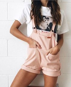 Fashion outfits, womens fashion, dungarees shorts, short overalls, spring s Mode Outfits, Casual Outfits, Fashion Outfits, Womens Fashion, Fashion Tips, Classic Outfits, School Outfits, Fashion Clothes, Fashion Trends
