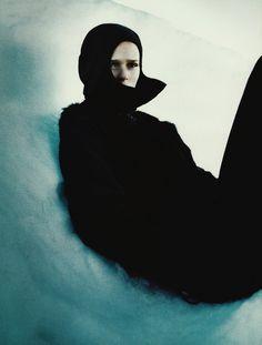 """Carmen Kass in """"Hors Piste"""", photographed by Enrique Badulescu for Vogue Paris November 1999."""